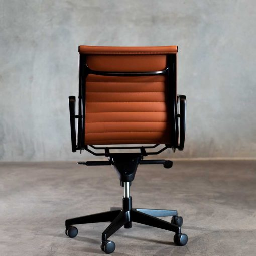 Bullion chair tan